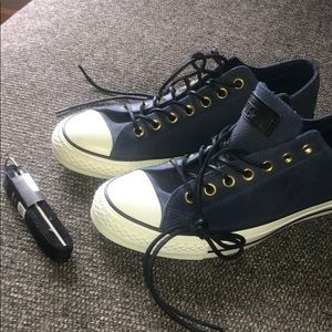 Converse all star leather navy with coated laces +